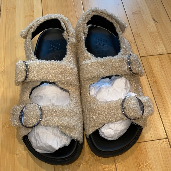 Tan sandals size 38 Zara